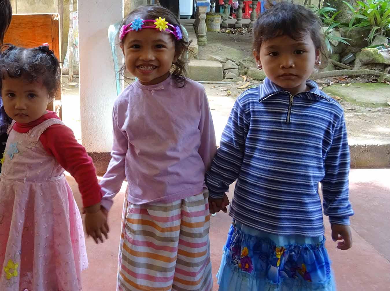 3 niñas