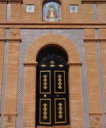 Das Tor der Kapelle